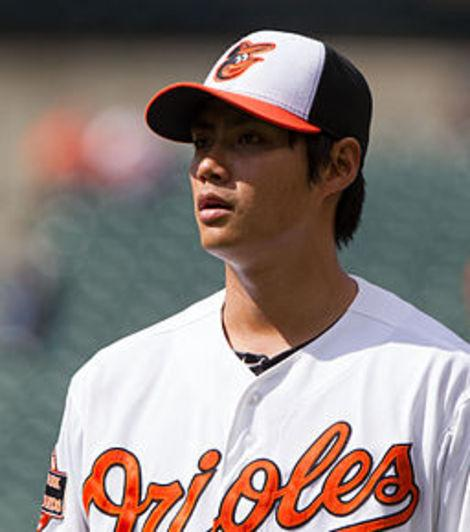 Baltimore Orioles Sweep Tampa Bay Rays with Walk-Off Hit from Manny Machado: A Fan's Reaction