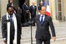 PARIS POUSSE LE MALI  UN ACCORD AVEC LES TOUAREGS