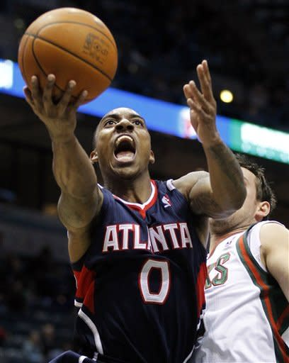 Joe Johnson leads Hawks past Bucks 97-92