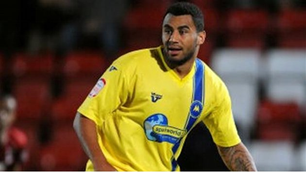 Torquay win to stay second