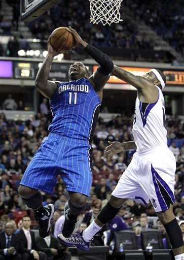 Bench leads Kings to 91-82 win over Magic