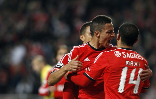 "Benfica's Rodrigo Machado celebrates his goal against Arouca with teammate ""Maxi"" Pereira during their Portuguese Premier League soccer match at Luz stadium in Lisbon"