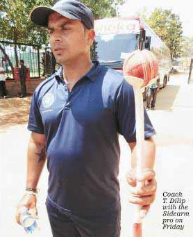 Cricket coach T Dilip with the Sidearm Pro on March 1 2013 in Hyderabad ahead of the Test match between India and Australia (Mail Today)
