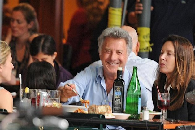 New York, Dustin Hoffman a cena con la famiglia