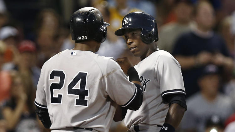 Pettitte strong in Yankees' 10-3 win over Red Sox