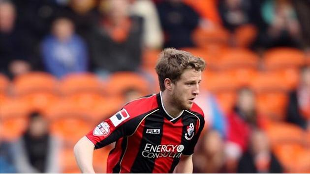 Football - O'Kane pens new deal