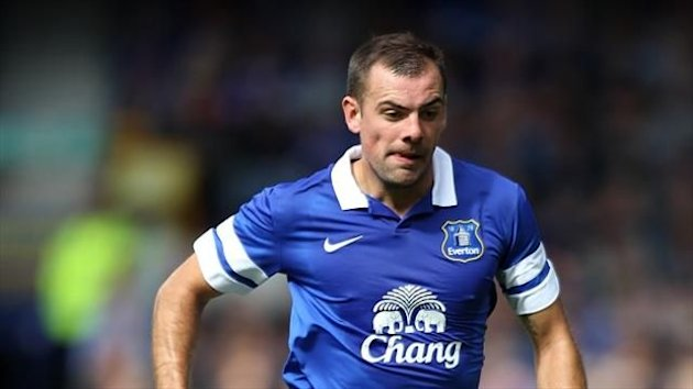 Darron Gibson is set to return for Everton