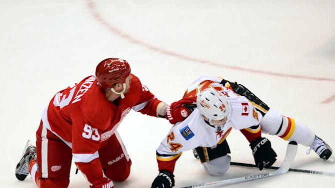 NHL: Calgary Flames at Detroit Red Wings