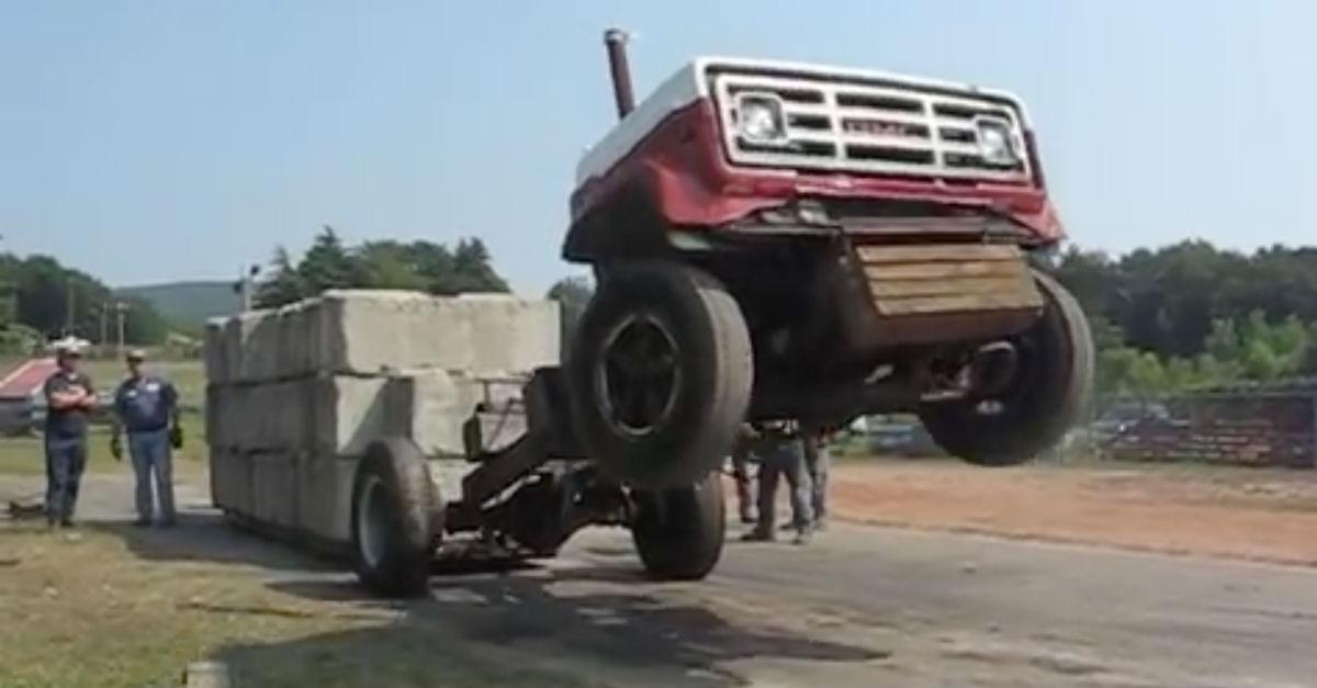 This Truck Pull Has The Worse Ending Imaginable!