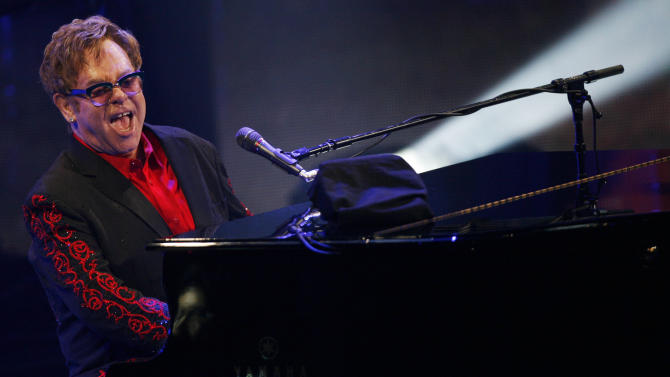 Elton John at iTunes fest: 'Magical to be alive'