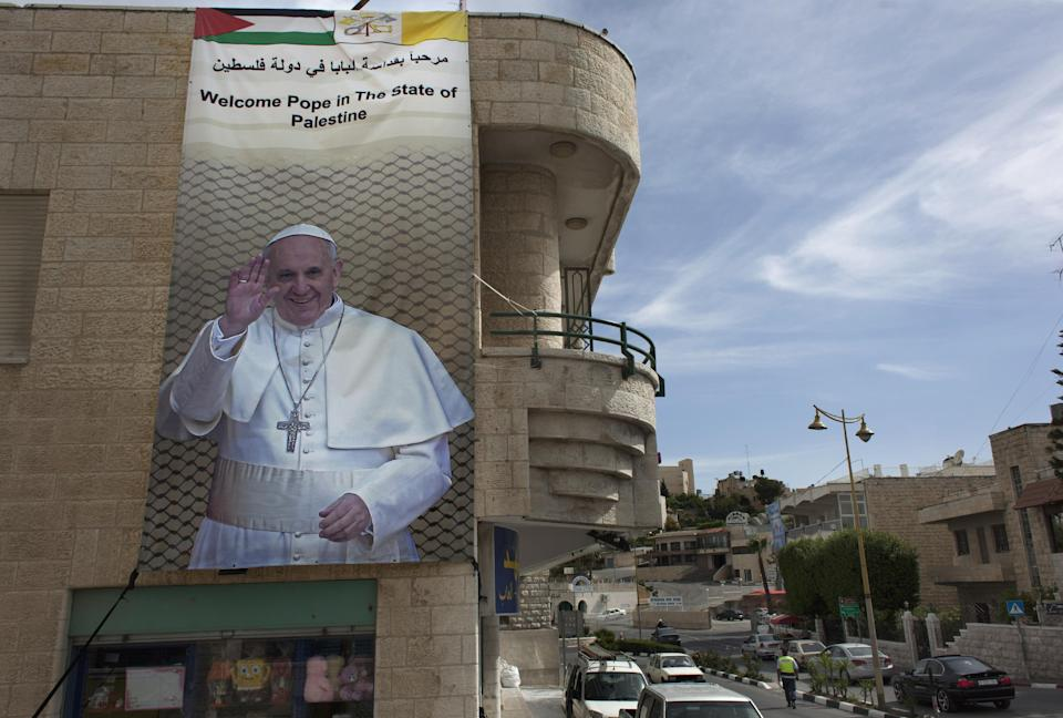 c4132fb7dc2fc613540f6a70670076bc - Christian exodus shadows papal visit to Holy Land - Asia   Middle East
