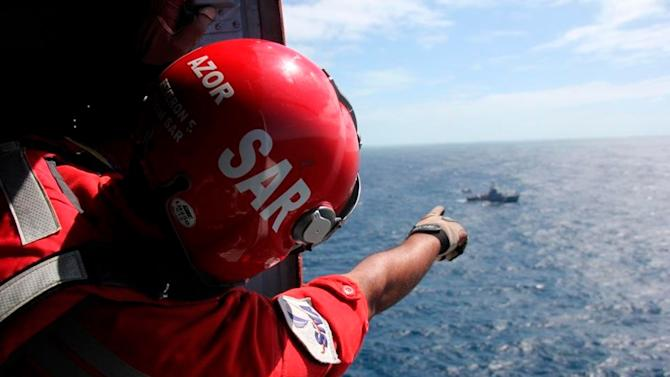 Italians join Venezuela's search for missing plane