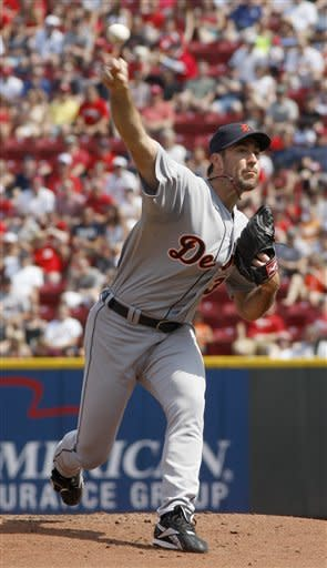 Fielder lifts Tigers to 3-2 win over Reds