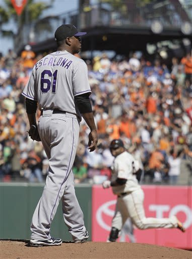 Sandoval homers twice, Zito wins again for Giants