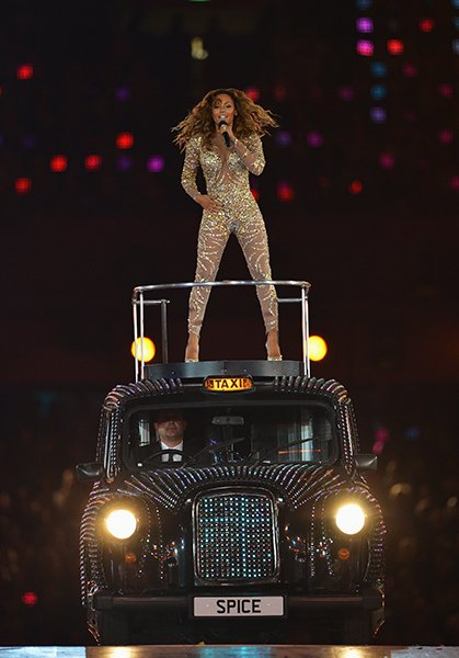 Scary Spice also wore a jumpsuit; the gold sequin-embroidered number was made by Zuhair Murad. (Jeff J Mitchell/Getty)