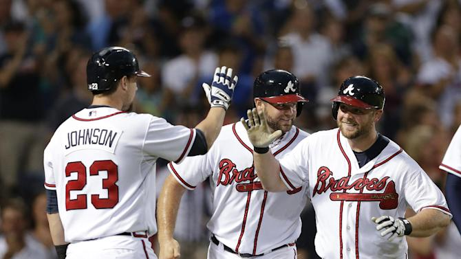 Braves stay hot at home, beat Rockies 11-3