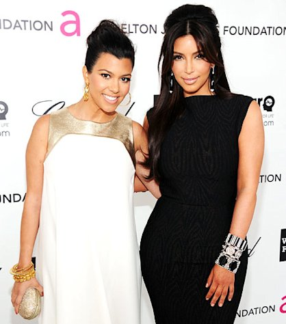 Kim Kardashian Celebrates Kourtney Kardashian&#39;s 44-Pound Weight Loss: &quot;She Is an Inspiration to Me!&quot;