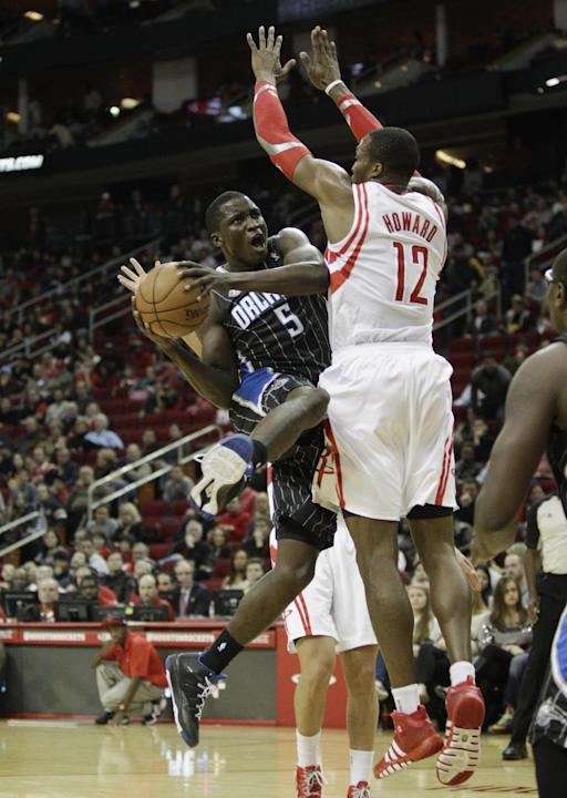 Howard, Harden lead Rockets over Magic 98-88