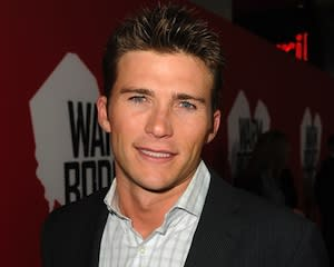 Chicago Fire Exclusive: Scott Eastwood (aka Clint's Son) Joins Police-Focused Spin-Off