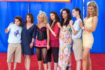 Mae Whitman , Rachel Dratch , Amy Poehler , Amber Tamblyn , Parker Posey , Sarah Hagan and Missi Pyle in Warner Bros. Pictures' Spring Breakdown