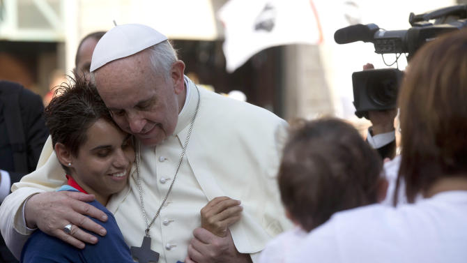 Pope offers hope to Sardinia's poor, unemployed