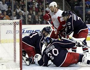 Zetterberg's goal spurs Wings' 5-2 win