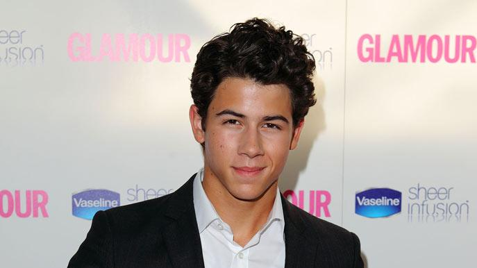 Nick Jonas Glmr Wmn Of Yr
