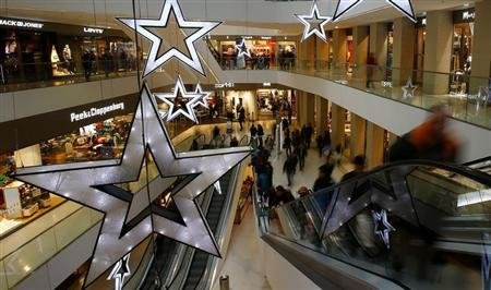 Malls must move beyond shopping to survive in Internet era