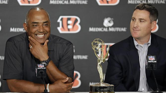 NFL owners pass 'Hard Knocks' measure to add teams
