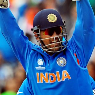 Dhoni urges team to stay grounded