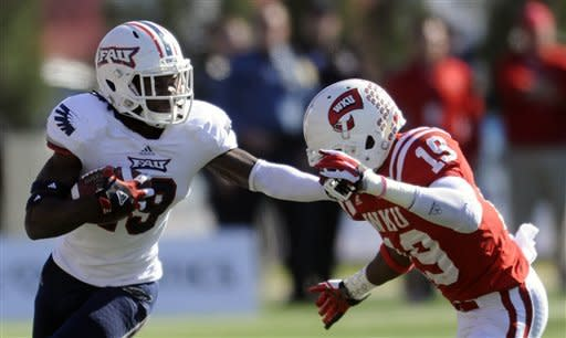 Wilbert leads FAU past Western Kentucky 37-28