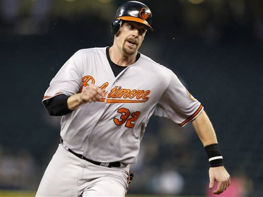 Orioles beat Mariners 10-4, gain ground in AL East