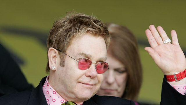 6 Facts About Elton John