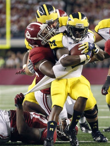 No. 2 Alabama wins 41-14 over No. 8 Michigan