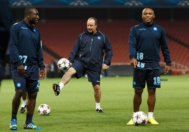 Soccer - UEFA Champions League - Group F - Arsenal v Napoli - Napoli Training - Emirates Stadium
