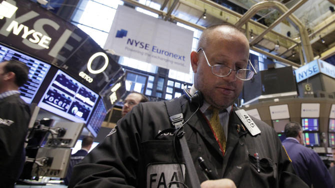Dow Jones average hits highest mark since '07