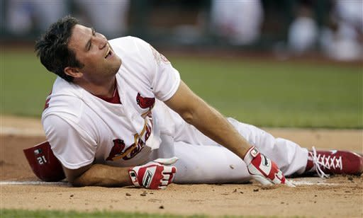 Wainwright keys Cardinals past Dodgers 8-2