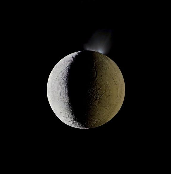 Saturn Moon Enceladus Eyed for Sample-Return Mission