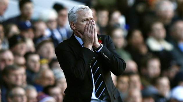 Newcastle manager Alan Pardew (Reuters)