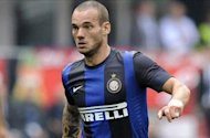Sneijder is coming to Galatasaray to retire, says Unal Aysal