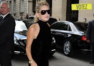 Sondage mode : Sharon Stone en sandales au défilé Dior, glam' or not glam' ?