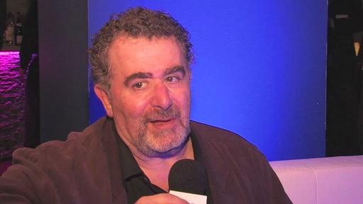 Saul Rubinek's Holiday Interview
