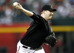 Cahill dominates, Diamondbacks rout Cubs 8-2