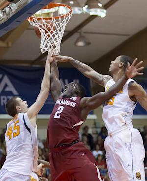 Cal beats Arkansas 85-77 in Maui tourney opener
