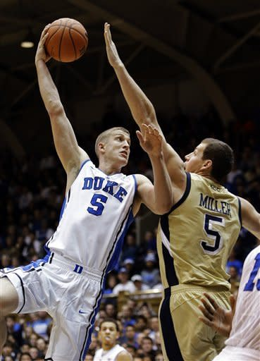 No. 3 Duke bounces back, beats Ga Tech 73-57