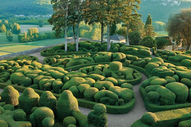 Ladew Was Able To Infuse His Rooted The Earth Sculptures With A