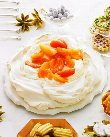 Pavlova with Vanilla-Poached Oranges