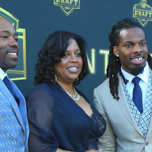 Draft Moms: Tammy White