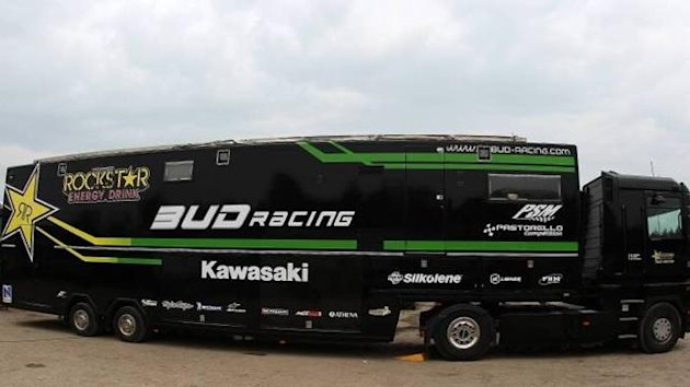 Kawasaki team bus
