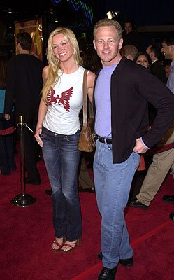 Premiere: Nikki Schieler and Ian Ziering at the LA premiere for Columbia's Tomcats - 3/28/2001 Photo by Pierre Leloup/Wireimage.com
